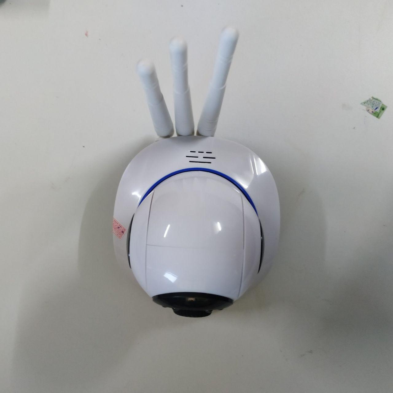 Hình ảnh thực tế sản phẩm camera Yoosee 3 Râu.