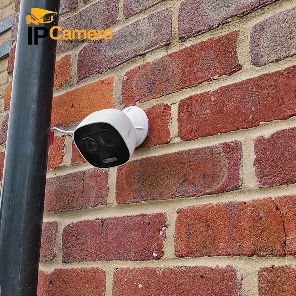 hình ảnh lắp thực tế ngoài trời camera imou IPC-C26EP